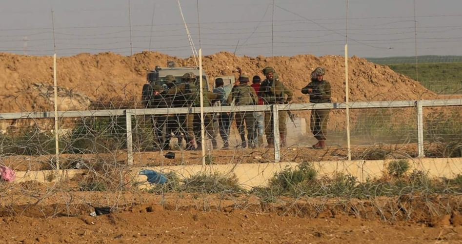 IOF opens fire at Palestinian farmers in Gaza