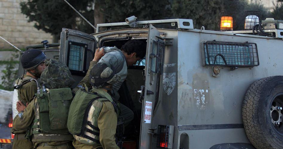 IOF kidnaps Palestinian